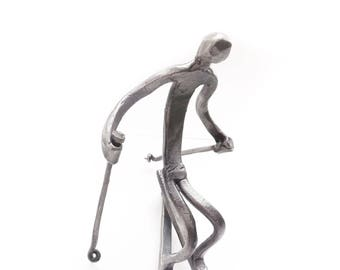 Skier Sculpture, Capturing the feeling of Freedom and Passion
