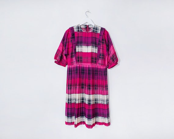 Vintage 1980s Hot Pink Checkered Plaid Pleated Knee Length Dress, Size 14