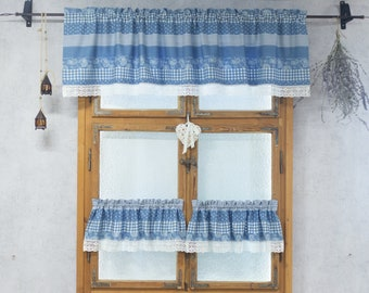 Blue kitchen valance in shabby chic style
