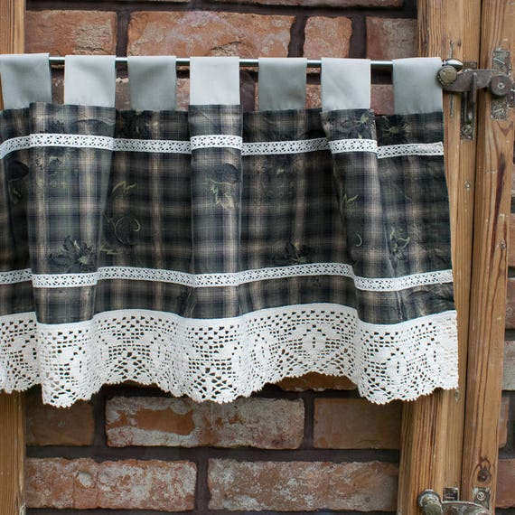 Cafe curtains. Kitchen valance. Kitchen curtains. Country valance. Rustic  valance. Window valance. Country kitchen decor. Rustic kitchen.