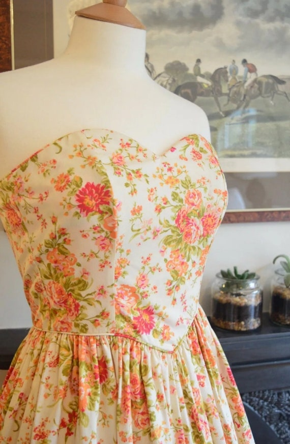 Vintage Laura Ashley Classic floral Dress