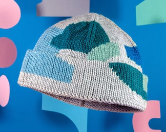 hand dyed knit hat – colourful, unique and ecofriendly