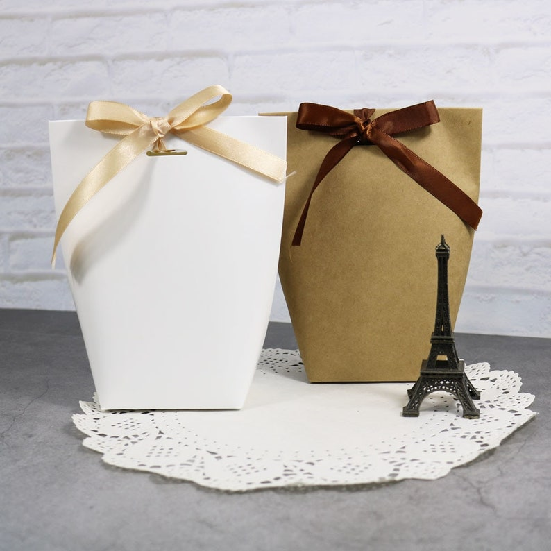 Five Pieces Fancy Containers Kraft Paper Bags Free Shipping image 0
