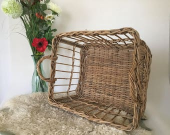 Beautiful large wicker vintage France