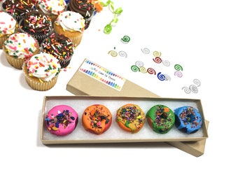 Donut crayons - Donut Favors - Donut Birthday Party Favors - Food Crayons - Candy Favors - Allergy Friendly Birthday - Kids Birthday Gift