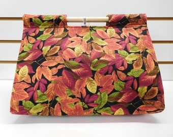 533 Fall Leaves Casserole Carrier; Burgundy and green leaves; Autumn Casserole Carrier; fits many sizes and shapes of dishes; easy to carry
