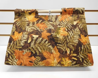 587 Fall Colors Casserole Carrier; Casserole Holder; Fall Leaves; Casserole Tote; Autumn; fits many sizes/shapes of dishes; easy to carry