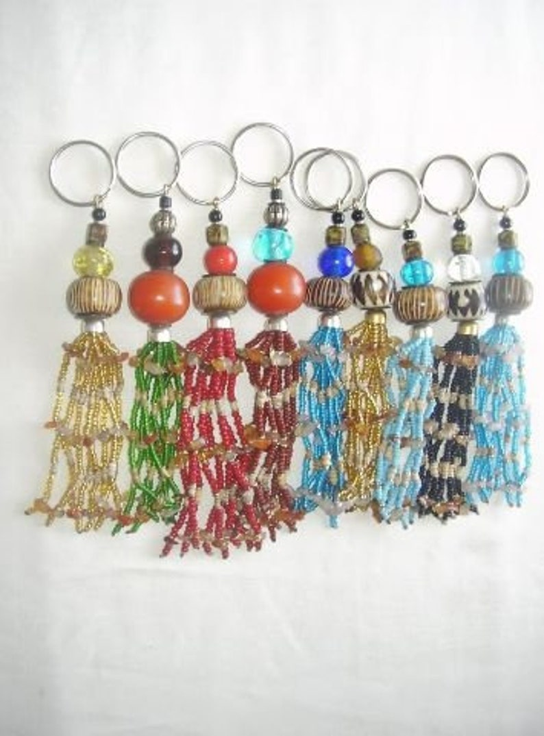 African key ring Safety Key chain Handmade key chain Bone key chain Kenyan key chain Wholesale Maasai beaded key chain Bag charm