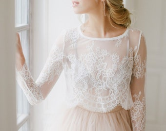 664d91118cd0 Long sleeve lace top