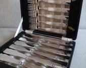 Elkington Plate boxed Fish set Cutlery 12 piece - heavy items excellent condition