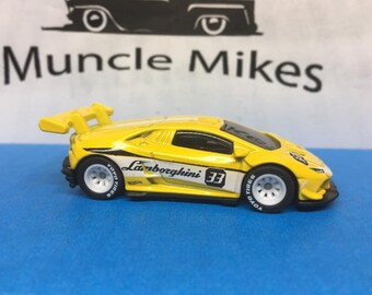 Hot Wheels Lamborghini Huracan LP 620 Super Trofeo Rubber Toyo Racing Tires