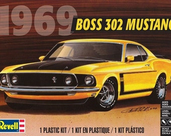 Plastic Model Kit RMX-4313 1969 Boss 302 Mustang Plastic Car Model Free Shipping!