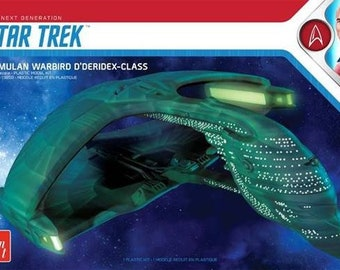 Plastic Airplane Model Kit: AMT-1125 Star Trek The Next Generation Romulan Warbird D'Deridex Class Battle Cruiser