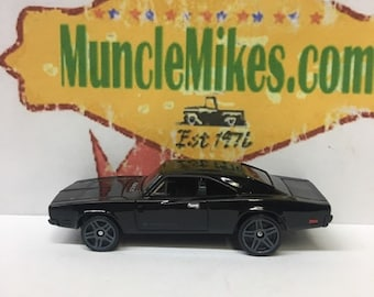 Hot Wheels & Display Case 1969 Dodge Charger 500 Hot Rod BLACK Mopar