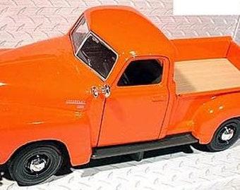 Collectible 1/24 Scale Diecast 1950 Chevrolet 3100 Pickup Truck (Orange) Diecast Model