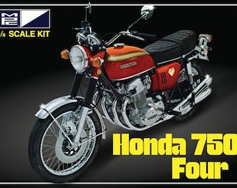 Plastic Model Kit mpc-827 1/8 Honda 750 Four Motorcycle Plastic Model + Best Deal Online + DISPLAY CASE INCLUDED +