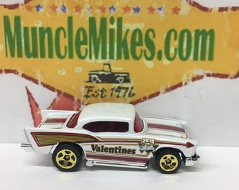 Hot Wheels & Display Case 1957 Chevy Hot Rod WHITE (Valentines Day)