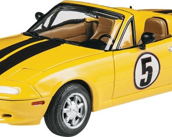 Plastic Model Kit RMX-4432 1992 Mazda Miata MX5 Plastic Car Model Free Shipping!