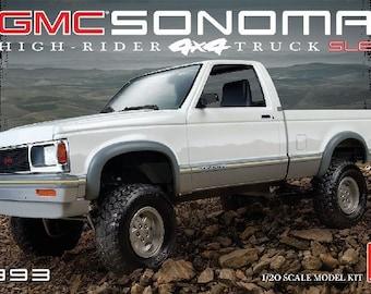 Plastic Model Kit: AMT-1057 1993 GMC Sonoma High-Rider 4x4 SLE Pickup Truck