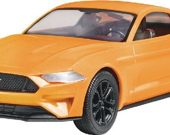 Plastic Model Kit RMX-1996 2018 Mustang GT (Snap) Plastic Car Model Free Shipping!