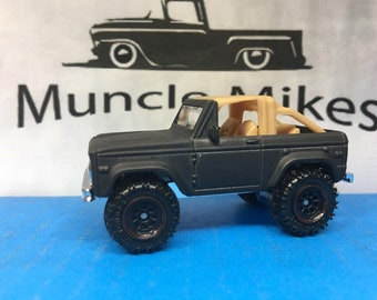 Matchbox: Ford Bronco 4x4 Custom Painted FLAT BLACK