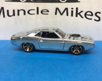 Hot Wheels 1970 Dodge Hemi Challenger: POLISHED Mopar