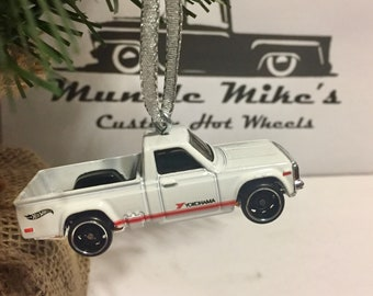 Hot Wheels Christmas Ornament Mazda REPU DTX00 Yokohama pickup truck