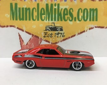 Hot Wheels 1970 Dodge Challenger Rubber Tires And American Racing Wheels