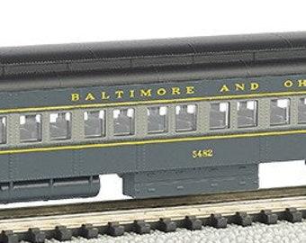 Model Railroading BAC-13753 Bachmann 72' Heavyweight Coach w/Lights Baltimore & Ohio