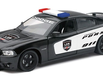 Collectible 1/24 Scale Diecast Dodge Charger Pursuit Police Car