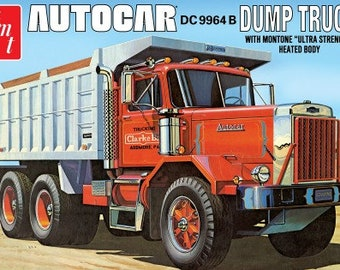 Plastic Model Kit AMT-1150 Autocar DC9964B Dump Truck Plastic Car Model