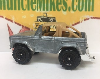 Matchbox: Ford Bronco 4x4 BARE METAL