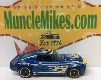 "Hot Wheels & Display Case 1967 Mustang Shelby GT-500 ""Elanor"" Hot Rod BLUE"