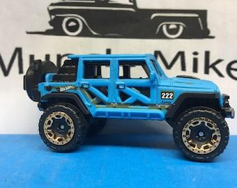 Hot Wheels 17 Jeep Wrangler Custom Painted Factory Satin FLAT LIGHT BLUE