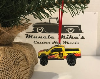 Custom 2015 Hot Wheels 2017 '17 Ford F-150 Raptor pickup truck Christmas ornament