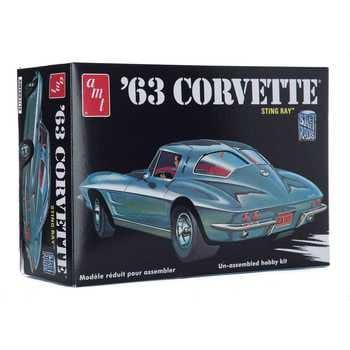 Collectible Plastic Model Kit: 1963 Chevrolet Corvette Sting Ray Model Kit
