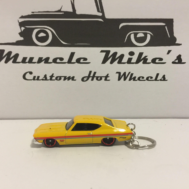 Custom Hot Wheels yellow '69 1969 Chevelle SS 396 key chain keychain
