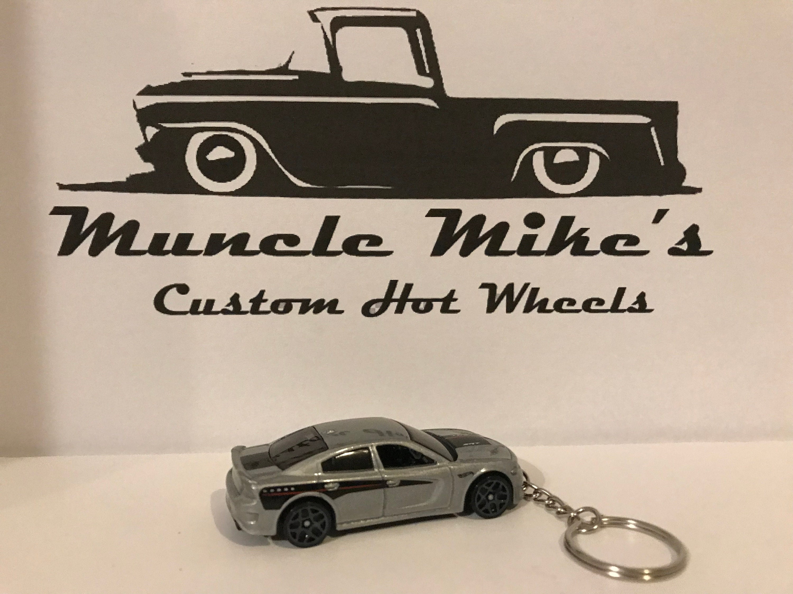 Custom Hot Wheels 2015 Dodge Charger key chain keychain