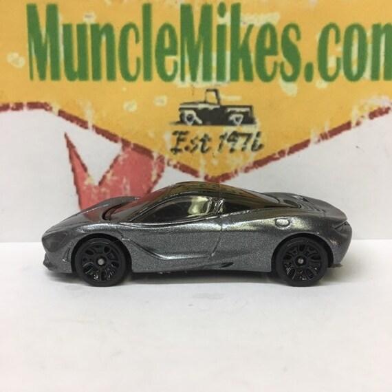 Hot Wheels McLaren 720S Custom Painted JET BLACK