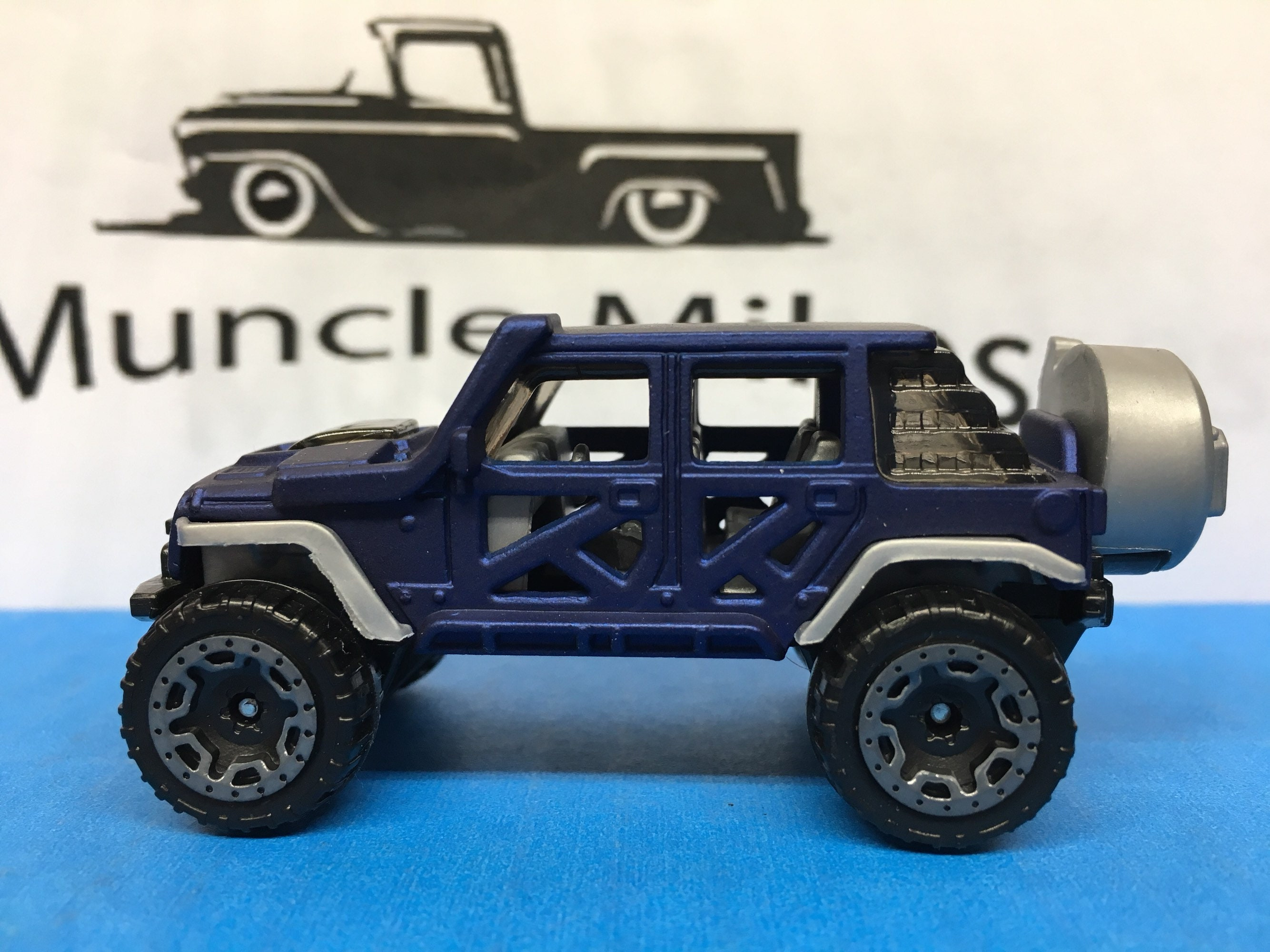 Custom Hot Wheels 17 Jeep Wrangler Flat Royal Blue