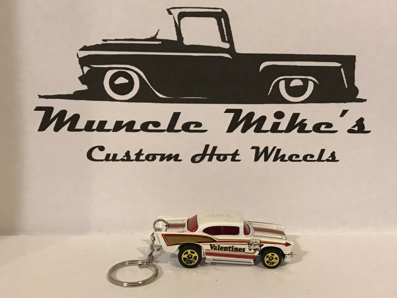 Custom Hot Wheels  57 Chevy Belair Valentines edition keychain key chain