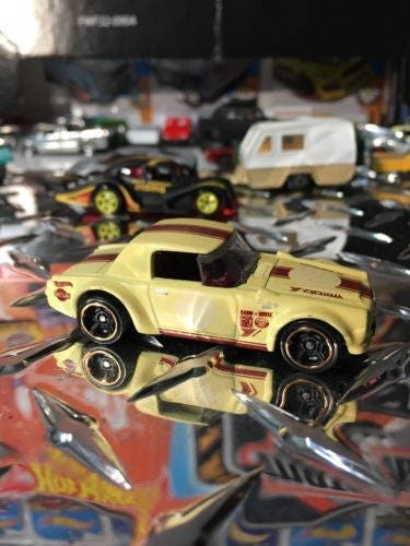 Custom Hot Wheels Datsun Fairlady 2000 Factory Satin FLAT YELLOW