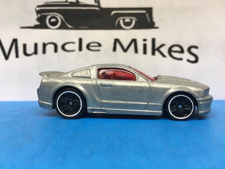 Custom Hot Wheels 07 Ford Mustang Bare Metal