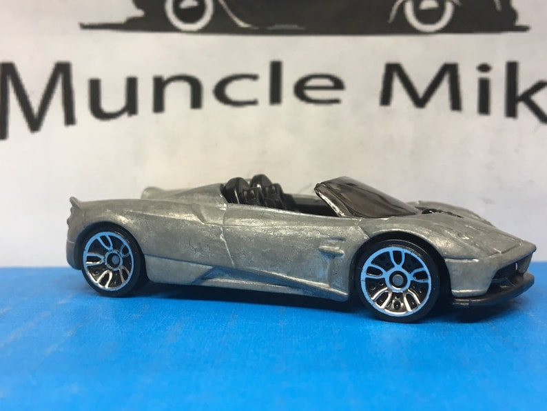 BARE METAL Hot Wheels 2017 Pagani Huayra Roadster Race Car Muscle Car Hot Rod