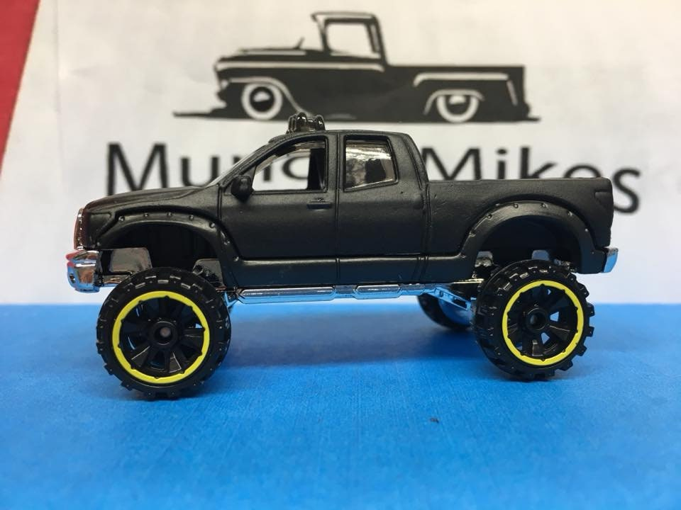 Custom Hot Wheels Lifted Toyota Tundra Flat Black