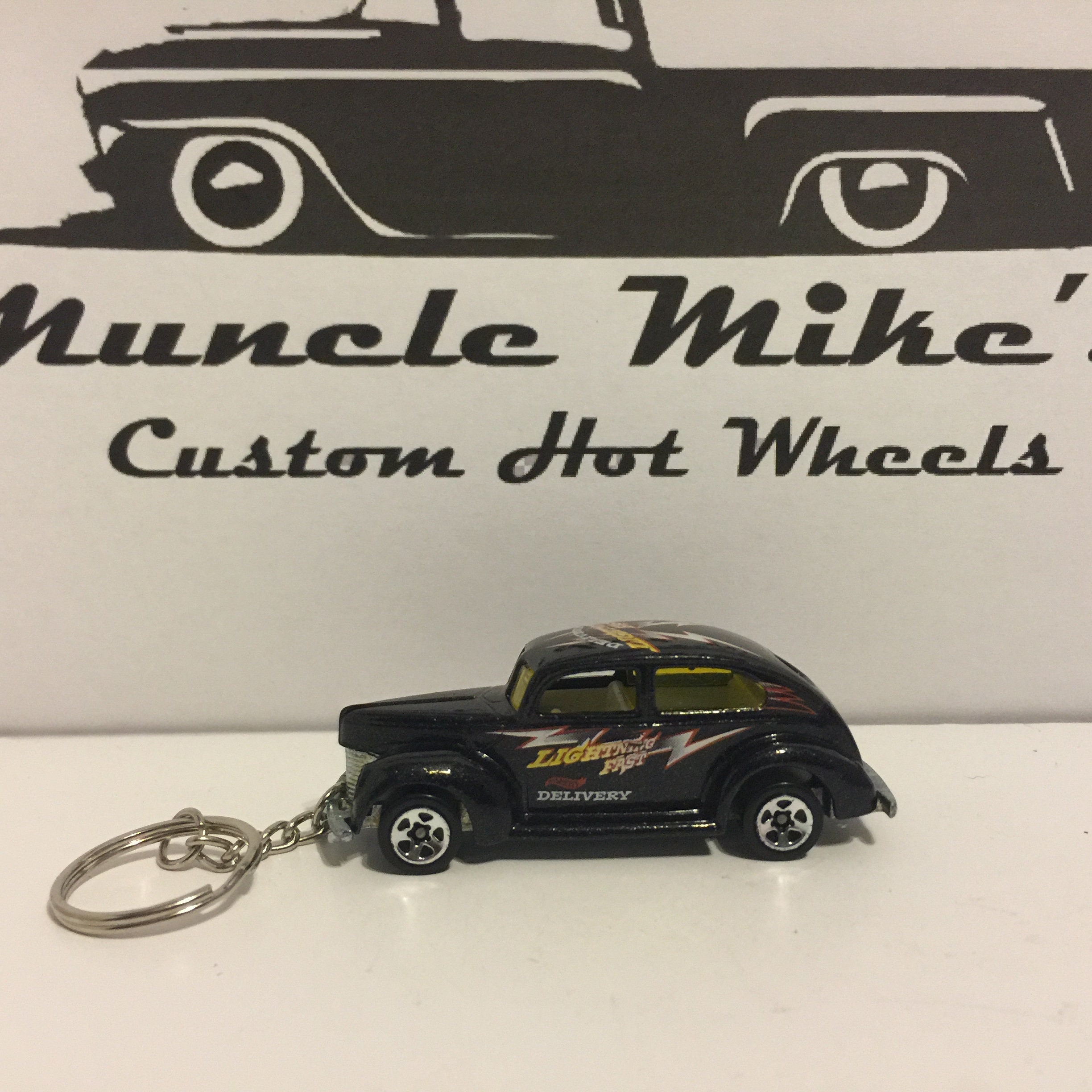 one-of-a-kind Custom 1982 Hot Wheels 1940 '40 Fat Fendered 2 door Ford