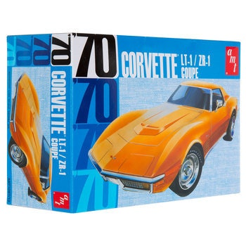 Collectible Plastic Model Kit: 1970 Chevrolet Corvette Coupe Model Kit