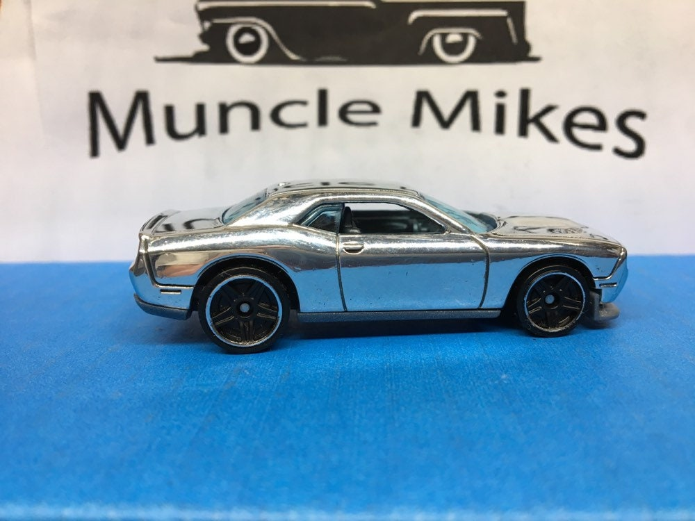 Custom Hot Wheels 15 Dodge Challenger Polished