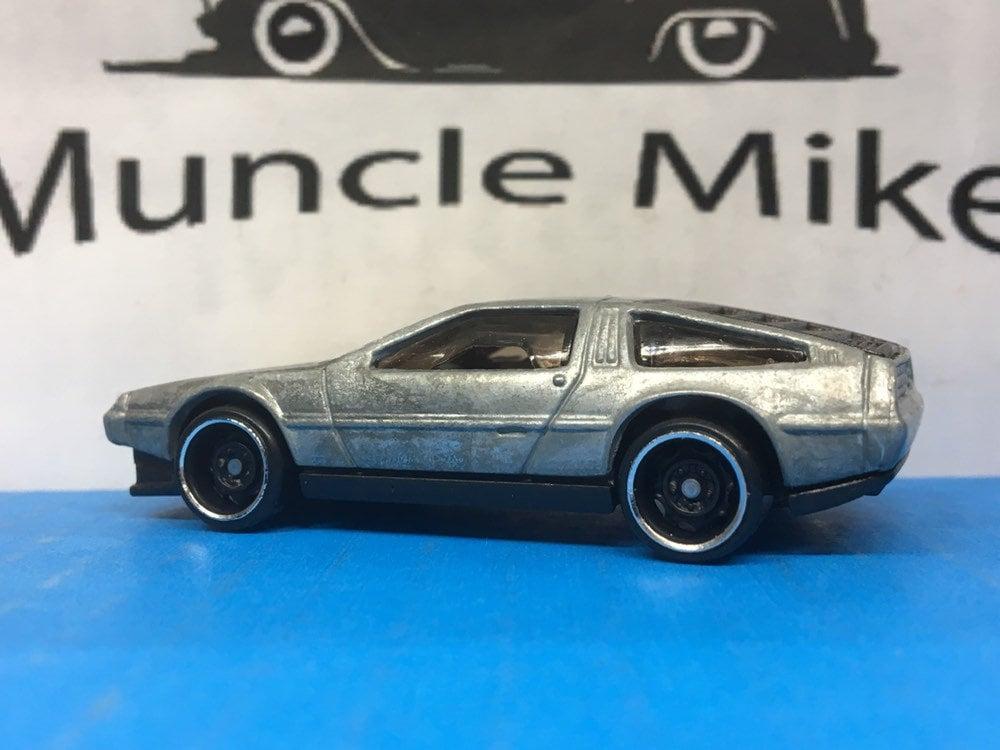 Custom Hot Wheels CMC DeLorean