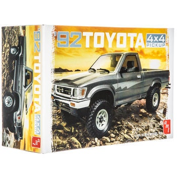 Collectible Plastic Model Kit: 1992 Toyota 4x4 Pickup Model Kit
